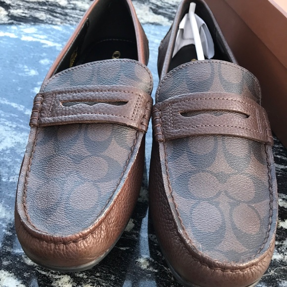 530db6c3e7c New in box Coach loafers